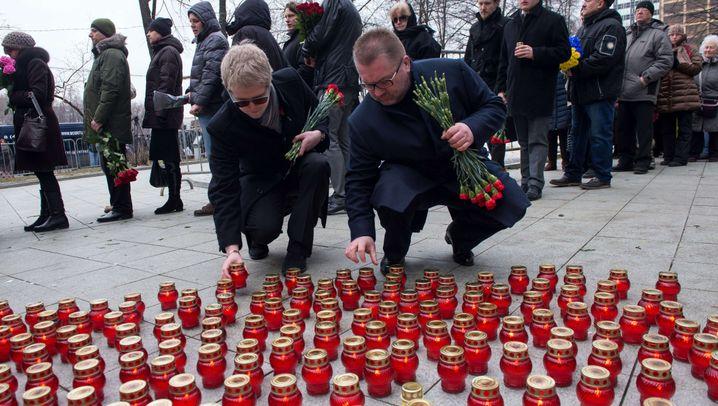 Abschied von Boris Nemzow: Trauer, Wut, Entsetzen