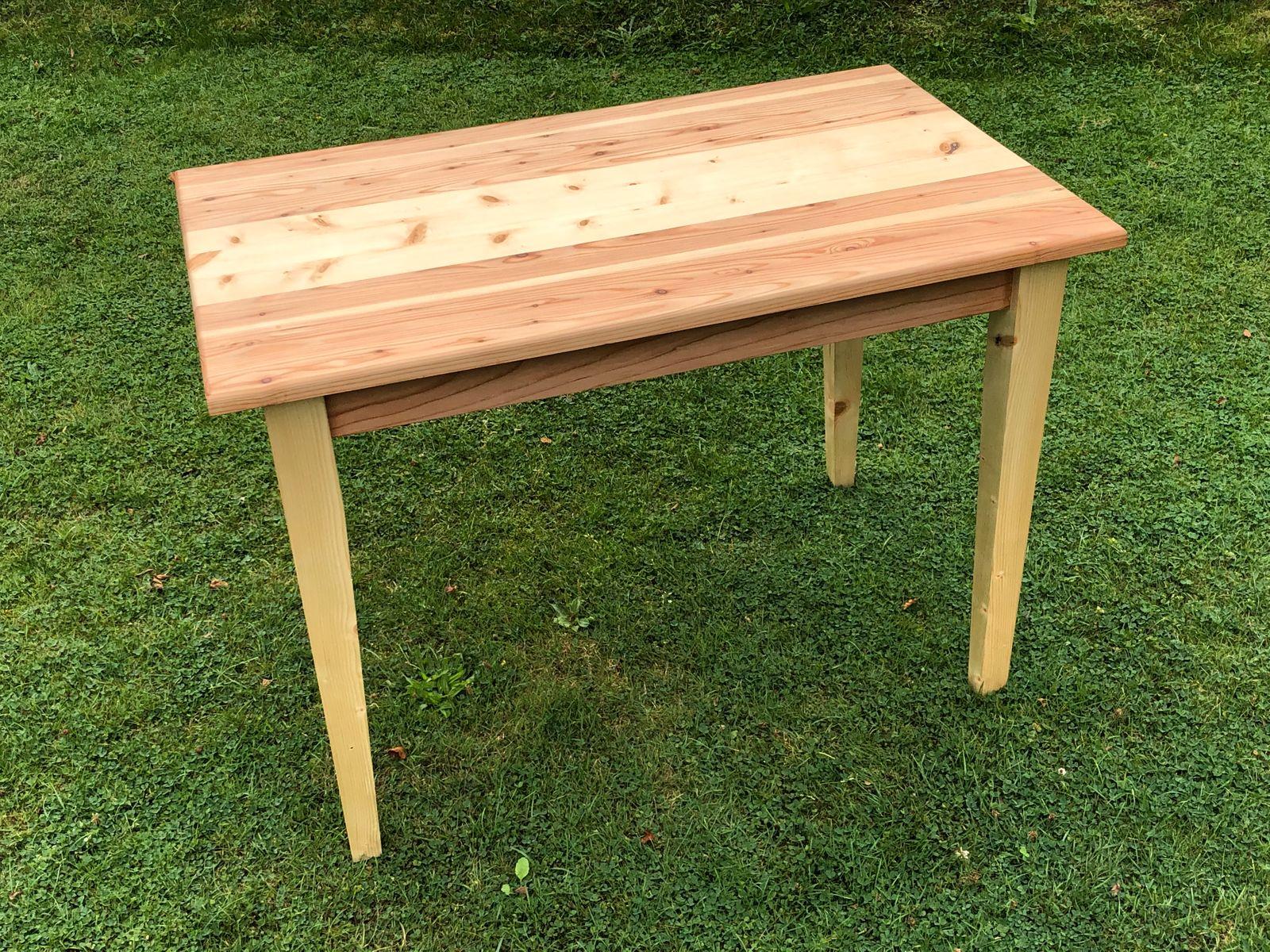 Tisch Selbst Bauen Das Hassliche Entlein Unter Den Tischen Der Spiegel