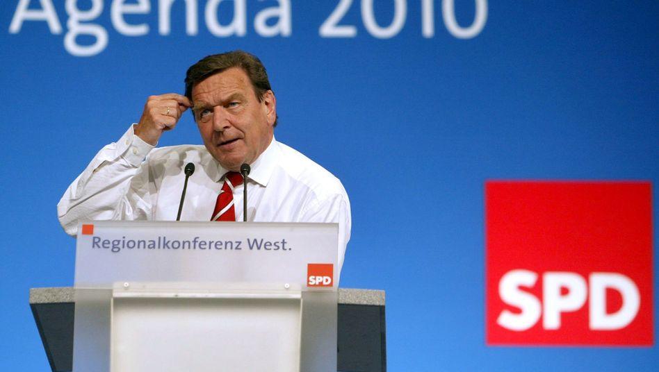 Altkanzler mit Agenda: Das Reformpaket von Gerhard Schröder ist umstritten