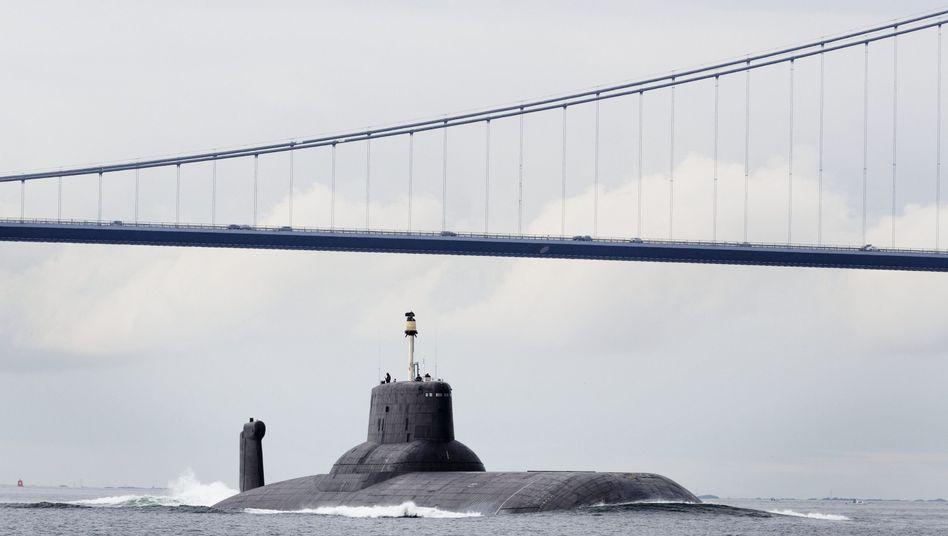 """Russisches Atom-U-Boot """"TK-208 Dmitri Donskoj"""""""