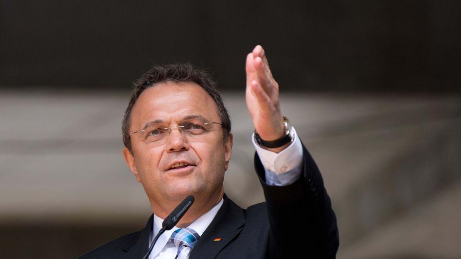 Innenminister Friedrich: Leistungsmissbrauch, Betrug, Lügen?