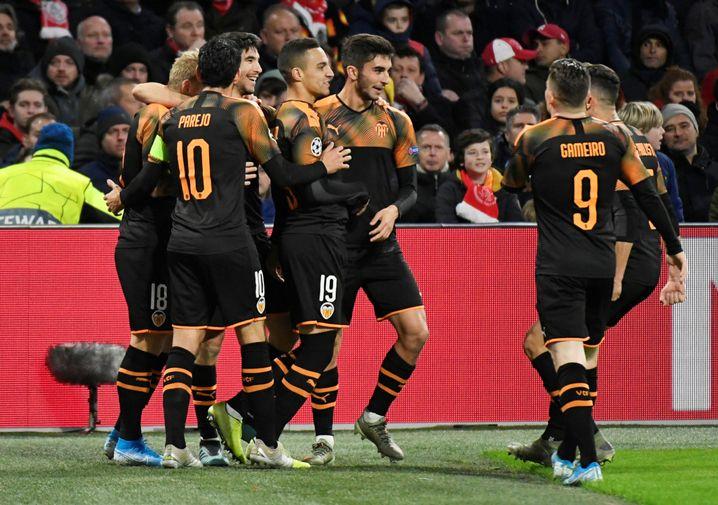 Der FC Valencia steht überraschend im Achtelfinale