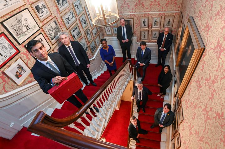 11 Downing Street Stairs with Ministers: a