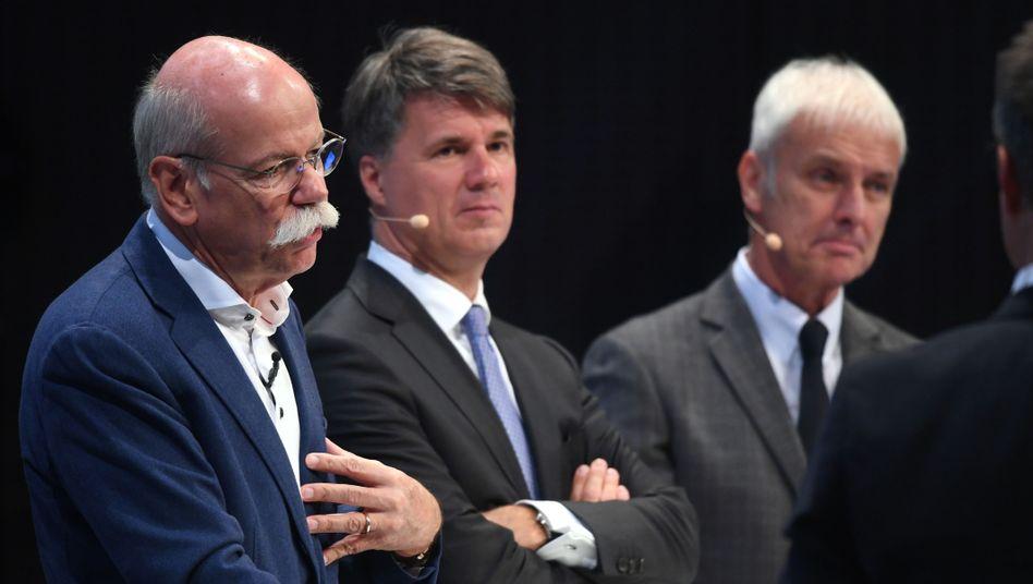Autobosse Zetsche (Daimler), Krüger (BMW), Müller (Volkswagen)