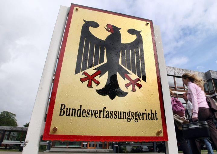 Bundesverfassungsgericht in Karlsruhe: Gleiches Recht für Bemittelte und Unbemittelte