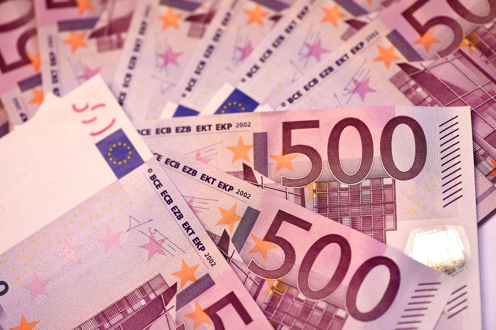 FRANCE-ECB-EURO-BANKNOTES