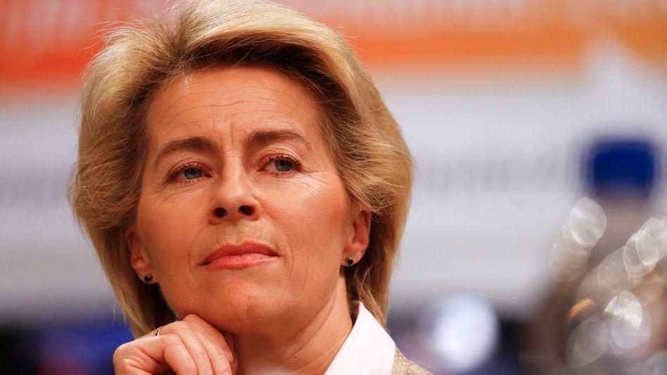 Verteidigungsministerin von der Leyen: Gefährliche Abwehrstrategie