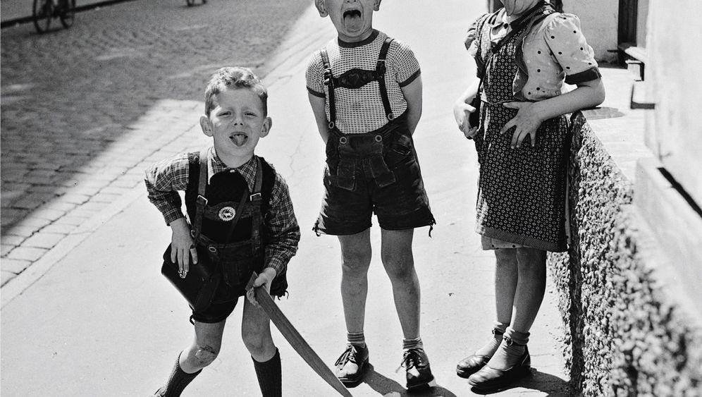 Photo Gallery: Postwar Europe through the Viewfinder