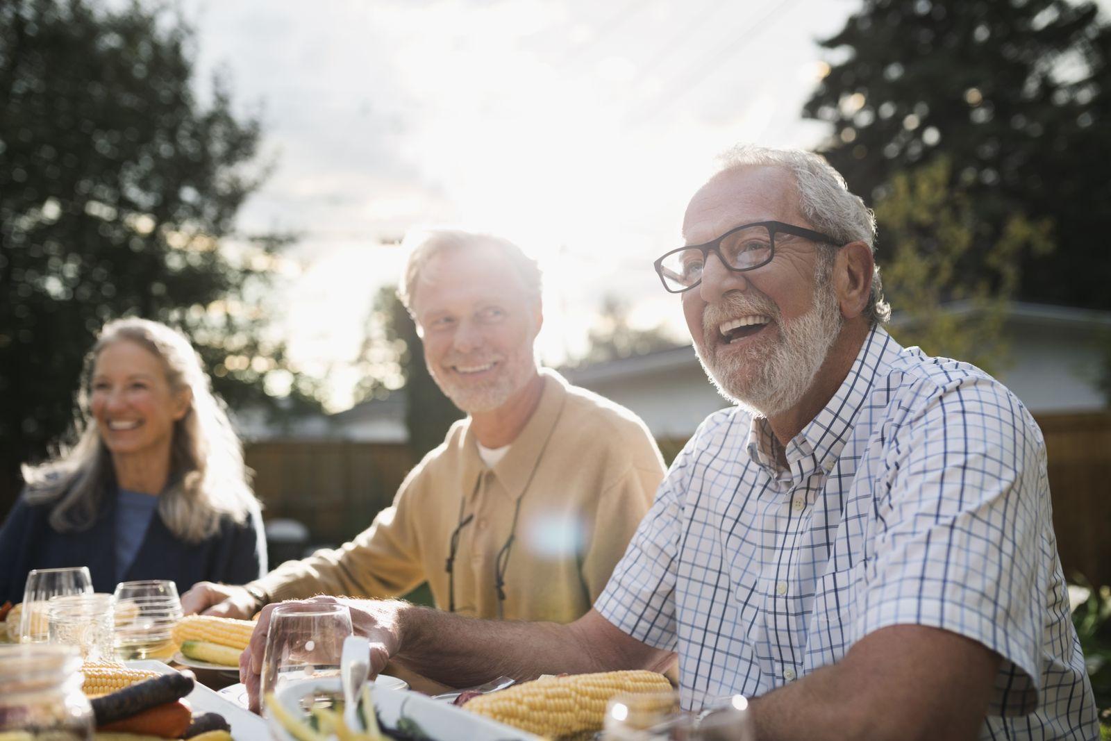 EINMALIGE VERWENDUNG Alte Eltern