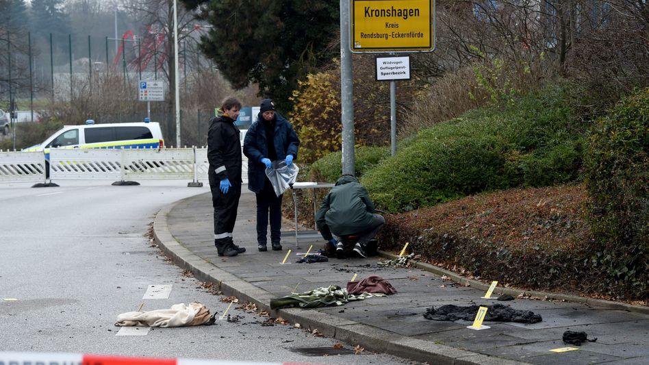 Verbrannte Kleidungsstücke in Kronshagen bei Kiel