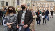 Demonstranten solidarisieren sich mit Richter