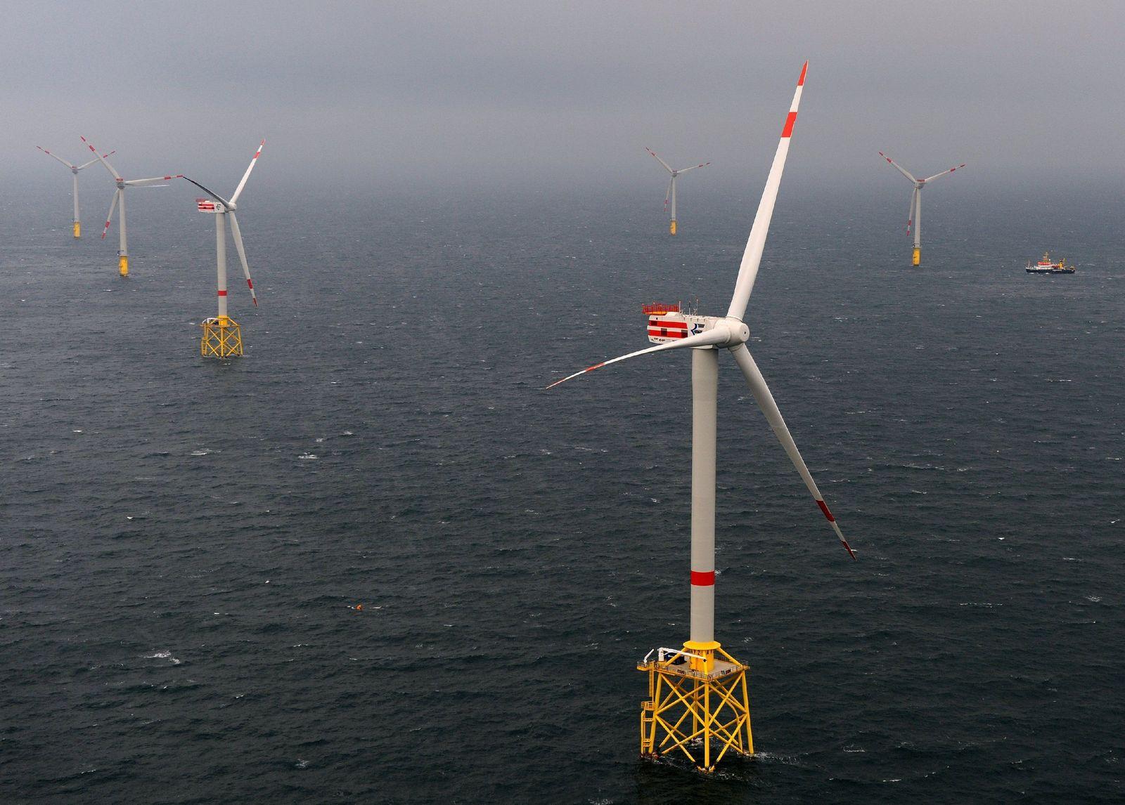 """Offshore-Windpark """"Alpha Ventus"""" komplett"""