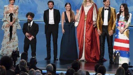 """Der Cast von """"Game of Thrones"""": Bei der Emmy-Verleihung räumte die Serie ab, Zuschauer begeisterte das nicht"""