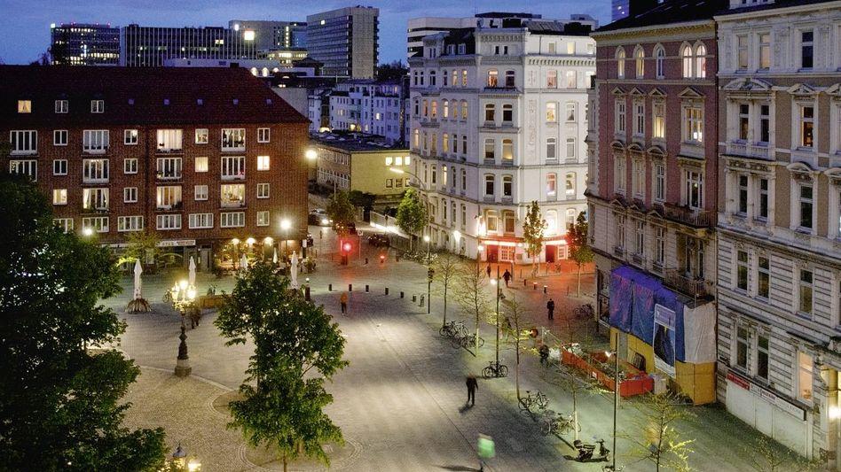 Hamburger Hansaplatz: Bürgerliches Quartier oder Heimat für weniger Begüterte, für Ausländer und Außenseiter?