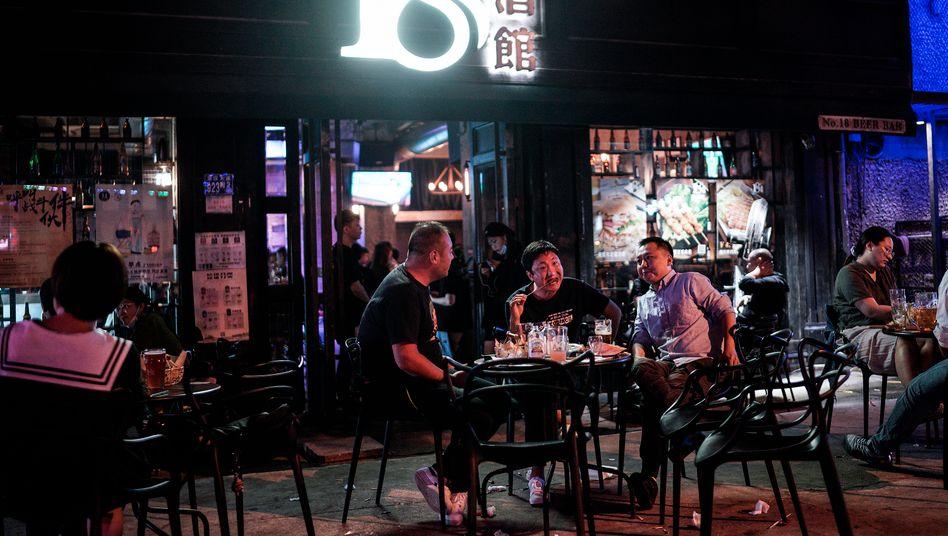 Nachtleben in Wuhan im September 2020