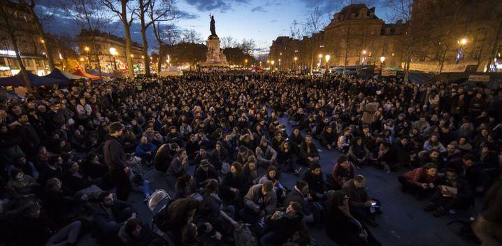 Aktivisten der Protestbewegung Nuit debout in Paris