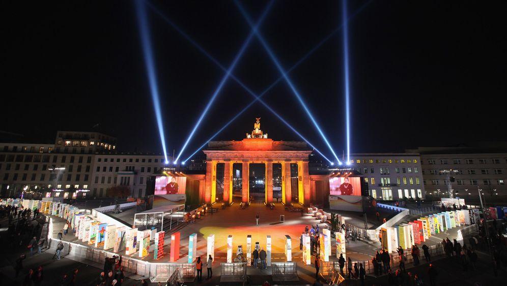 20 Jahre Mauerfall: Erste Feiern in Berlin und Potsdam