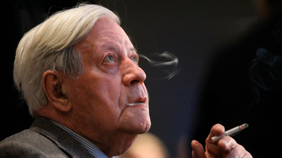 "Alt-Bundeskanzler Schmidt: ""Im tiefsten Herzen sind die Bundesbanker Reaktionäre"""