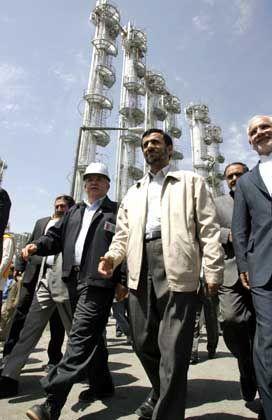 """Irans Präsident Mahmud Ahmadinedschad: """"Auswirkungen von 25 Jahren Isolation"""""""