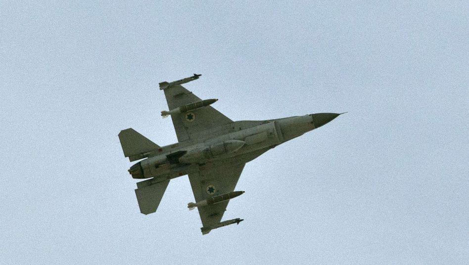 Ein israelischer Kampfjet F-16 (Archivbild): Ende der Waffenruhe