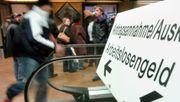Bundestag hebt Hartz-IV-Sätze leicht an