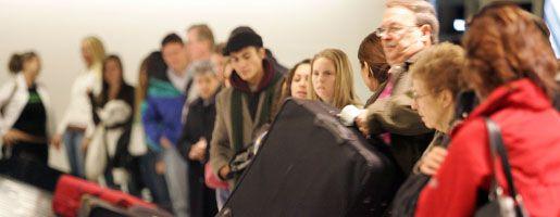 Reisende am US-Flughafen Newark: Einreise wird komplizierter