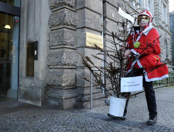 Weihnachtsgeld: Immer ein Thema für einen zünftigen Gerichtsstreit