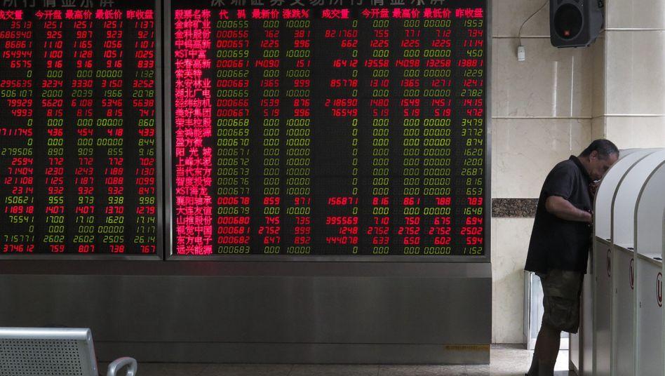Börsentafel in Peking: Stützungsmaßnahmen zeigen Erfolg