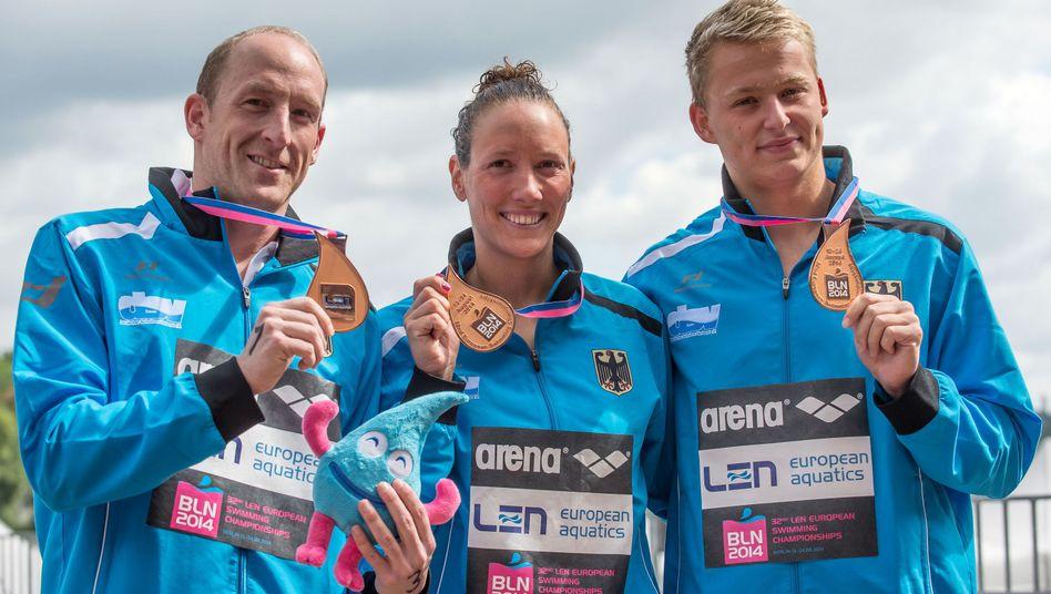 Schwimmer Lurz, Härle, Muffels (v.l.): Bronze im Teamwettbewerb