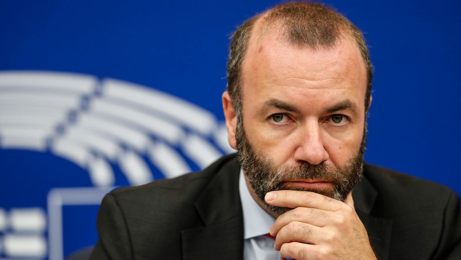 EVP-Fraktionschef Manfred Weber: Zwischen allen Stühlen