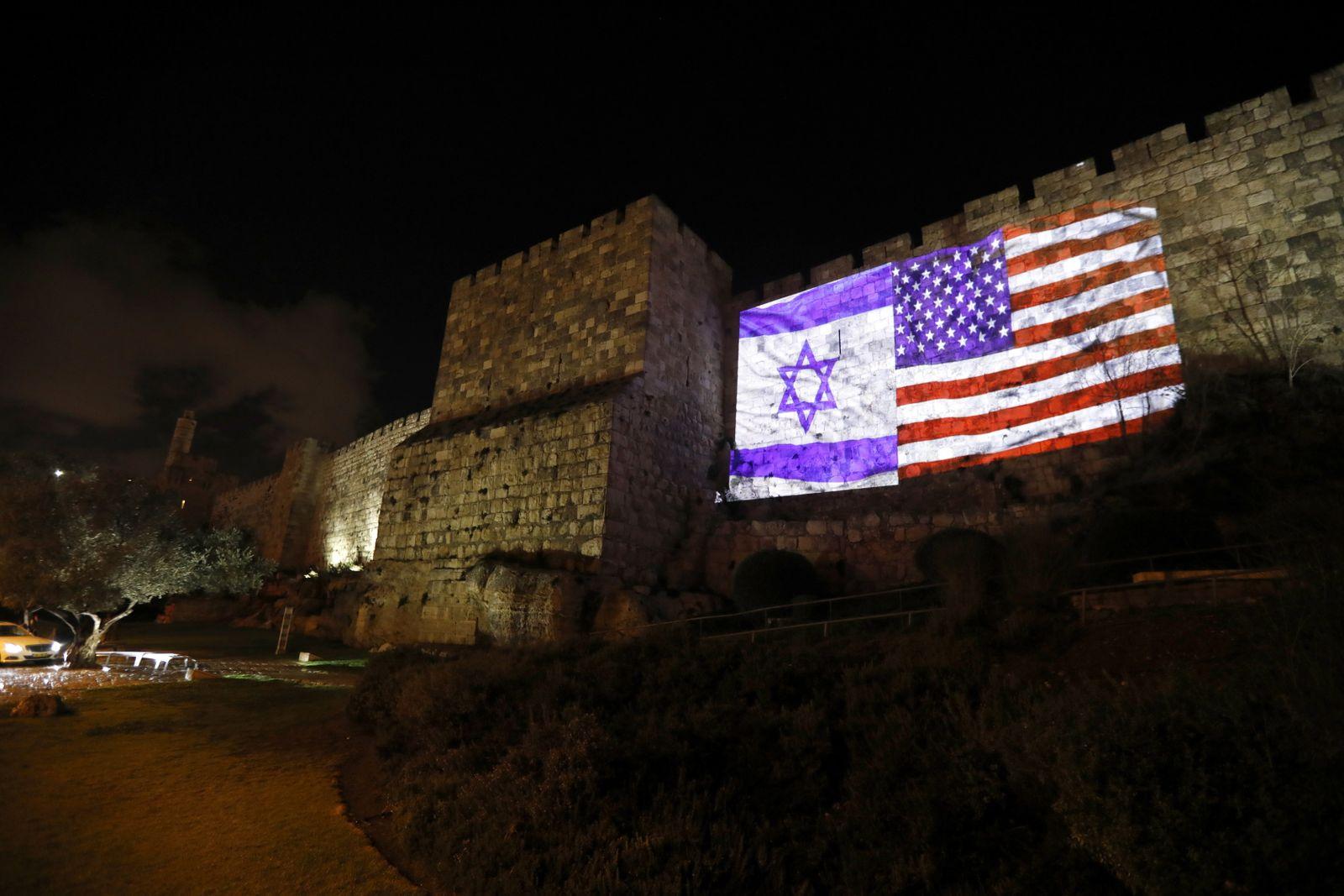 EINMALIGE VERWENDUNG SPIN SP 50/2017 Israel / Jerusalem / Flaggen