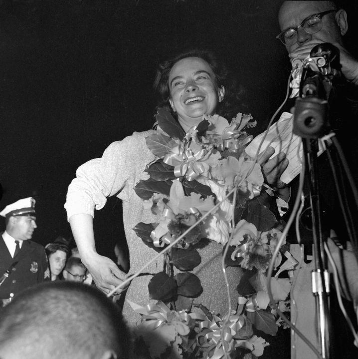 Geraldine Mock nach ihrer Weltumrundung am 17. April 1964 in Columbus