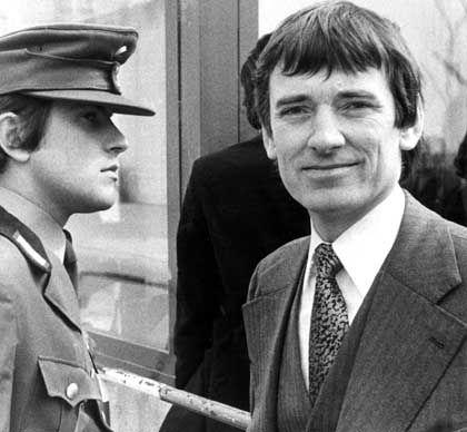 """Otto Schily, 1975: """"Schily ist sich politisch relativ treu geblieben"""""""