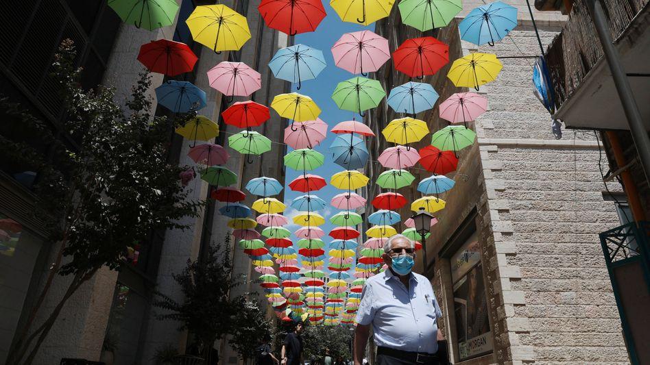Im Kampf gegen die Delta-Variante setzt Israel wieder auf Atemschutzmasken