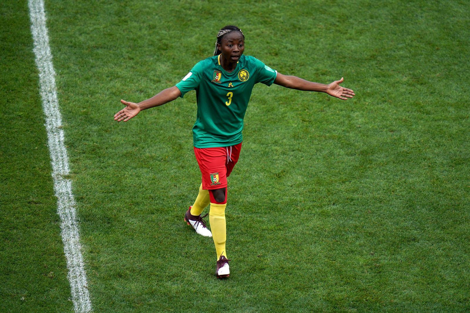England Kamerun