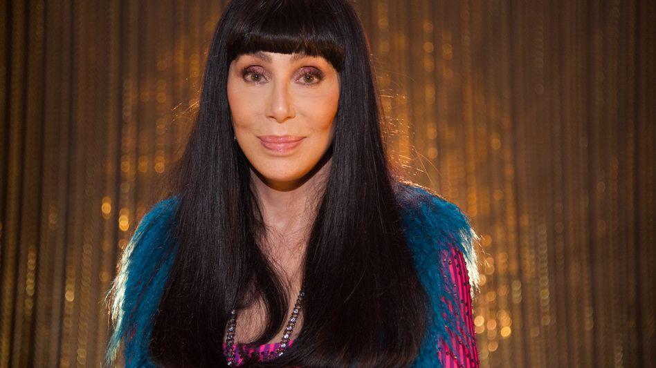 """Cher im Jahr 2019: """"Kann ich ehrenamtlich auf meinem Postamt arbeiten?"""""""