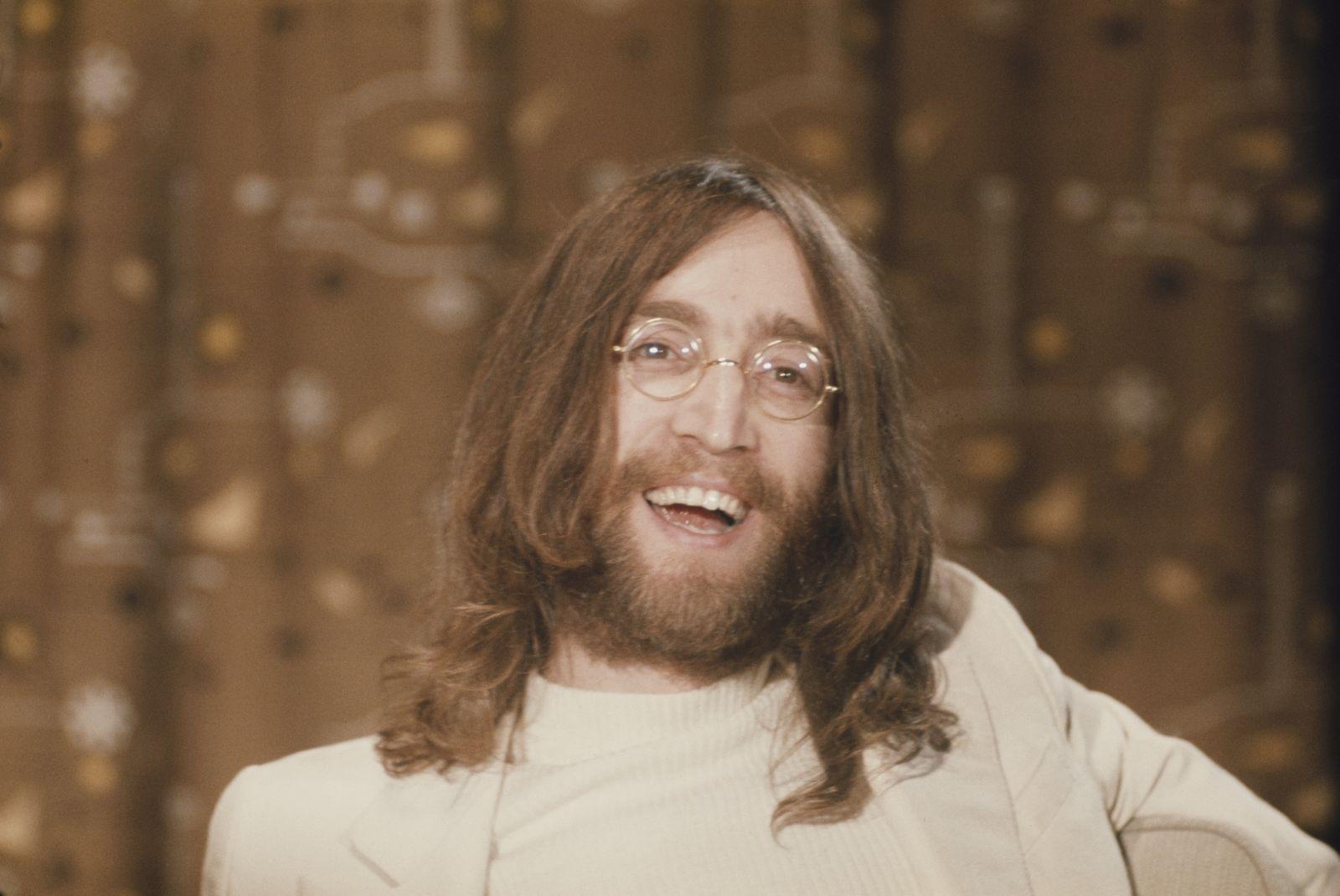 John Lennon At Heathrow Airport