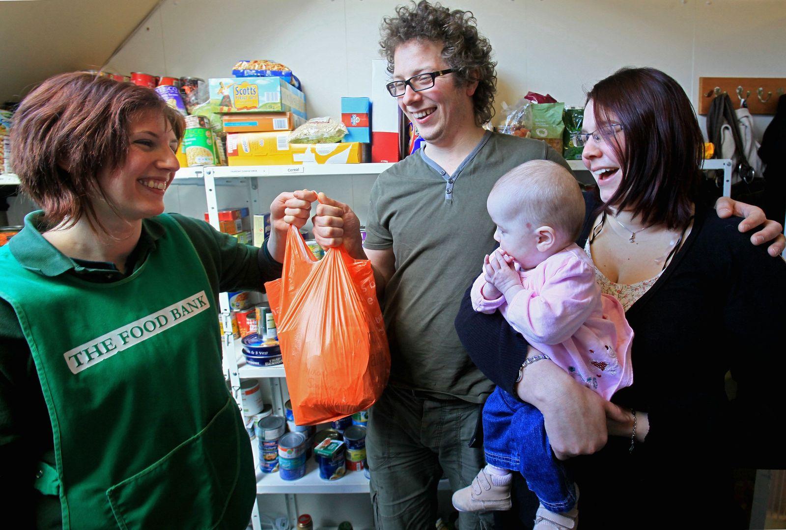 England / Armut / Lebensmittel-Spende