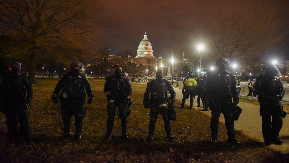 Das US-Kapitol in Washington wird nach den Ausschreitungen schwer bewacht