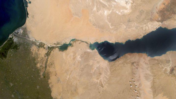Neuer Suezkanal: Ausgebaute Wasserstraße