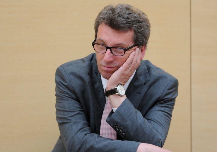CSU-Politiker Schmid (Archivbild): Muss er sich vor Gericht verantworten?