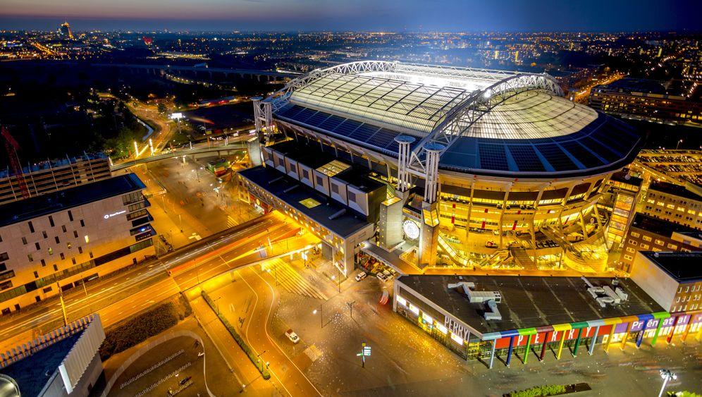 Ajax-Stadion: Ökostrom unter dem Fußballrasen