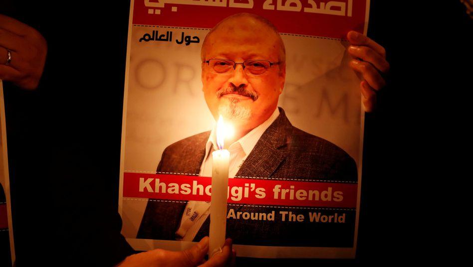 Demonstration vor saudi-arabischem Konsulat in Istanbul