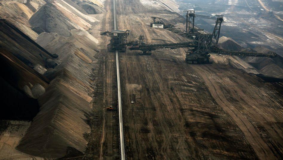 Braunkohle-Tagebau im Revier Garzweiler: Entlastung bei Ökostrom-Umlage