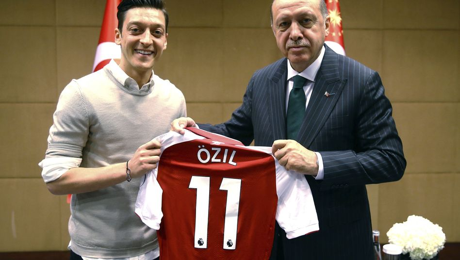 Özil und Erdogan in London (Mai 2018)