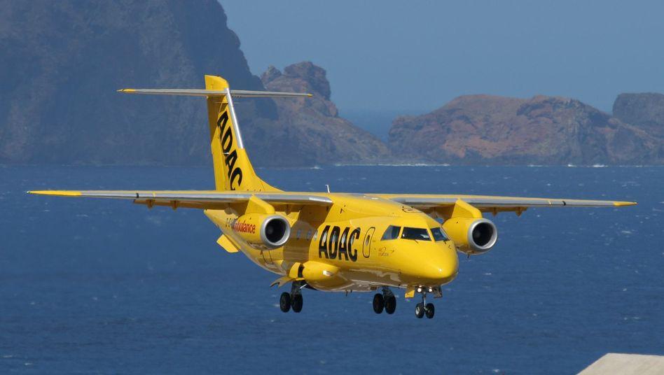 Flugzeug des ADAC Ambulanzdienstes: Vorkommnisse umfassend aufklären
