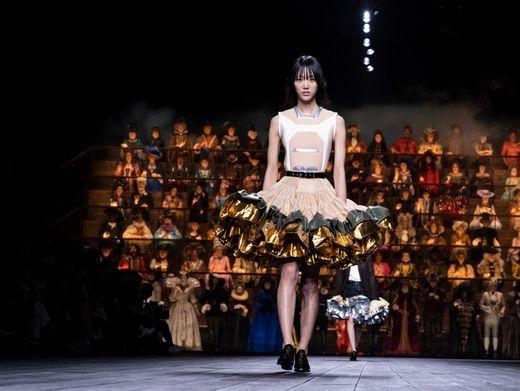 Looks aus der neuen Herbstkollektion von Louis Vuitton