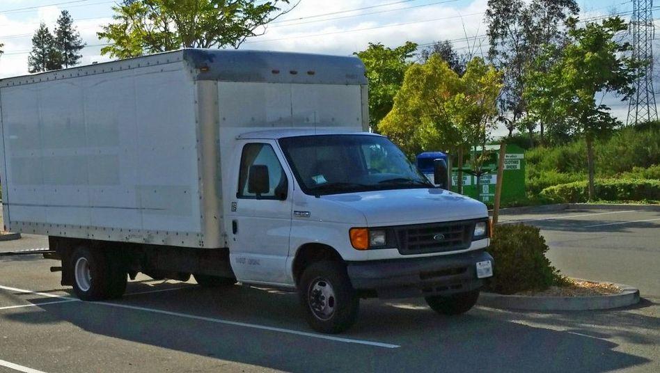 Mobiles Zuhause: In diesem Truck auf dem Google-Parkplatz lebt Brandon S.