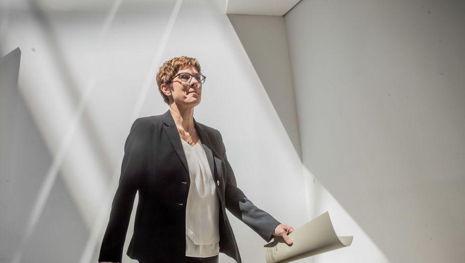 Annegret Kramp-Karrenbauer: Ersten Tagesbefehl an die Truppe bereits verfasst.