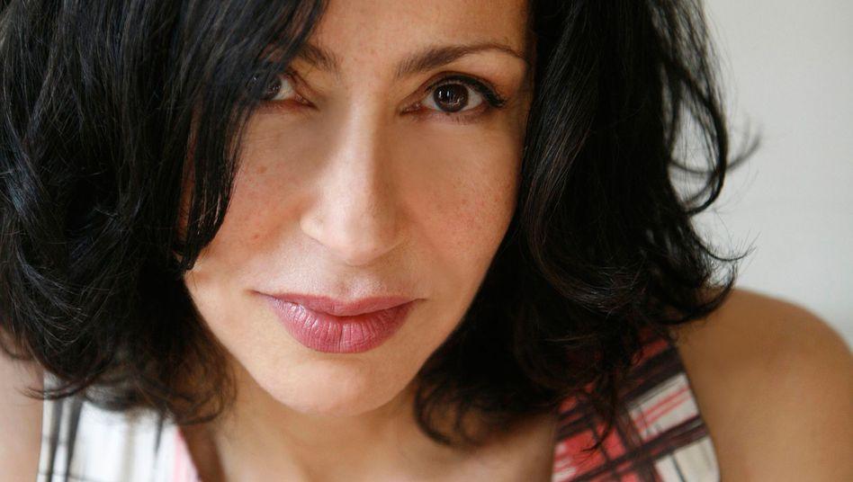 Autorin Reza: Meisterin der Eskalation